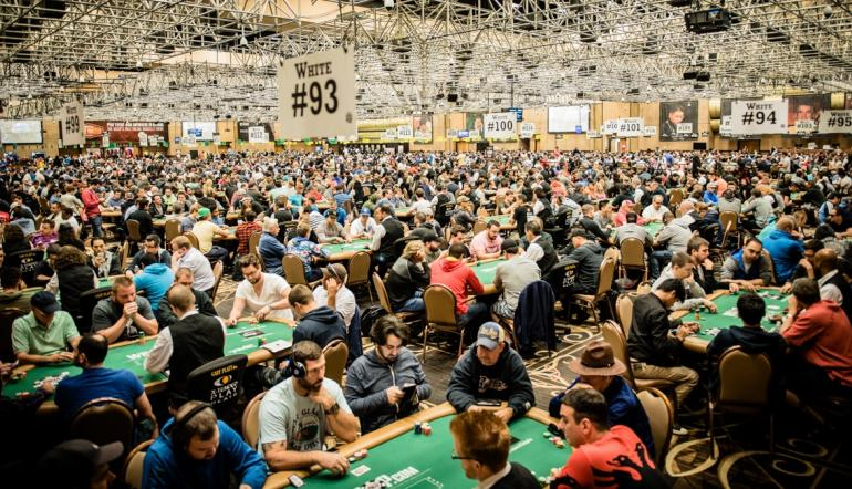 michael tureniec on 2016 wsop little one for one drop win. Black Bedroom Furniture Sets. Home Design Ideas