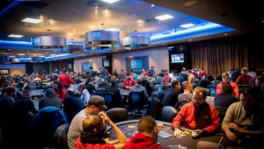 888poker Packs in Players at 2019 LIVE Kickoff Event