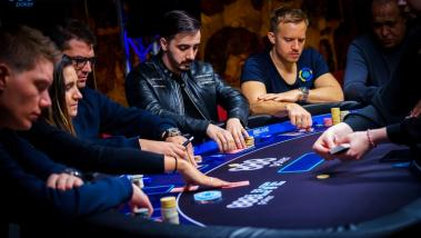 Get the Lowdown on Poker Hand Strength!